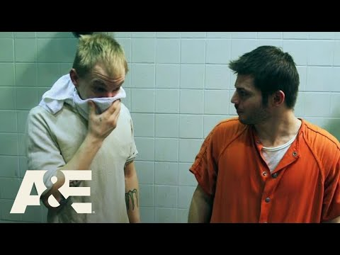 60 Days In: Top 4 Dirtiest Jail Moments | A&E