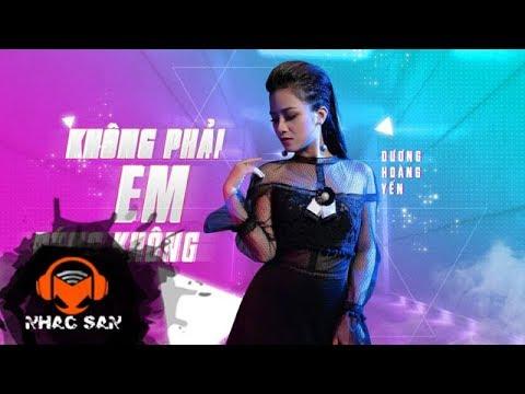 Không Phải Em Đúng Không (Remix) | Dương Hoàng Yến | Lyric Video - Thời lượng: 4 phút, 49 giây.