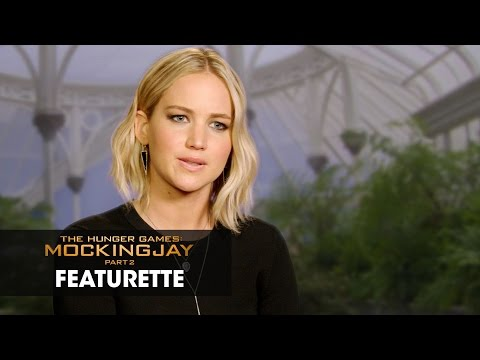 The Hunger Games: Mockingjay, Part 2 (Featurette 'The Phenomenon')