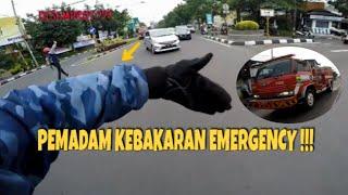 Video MELUNCUR KEBAKARAN PASIR KOJA BANDUNG | ESCORTING A FIRE TRUCK #5 MP3, 3GP, MP4, WEBM, AVI, FLV Maret 2019