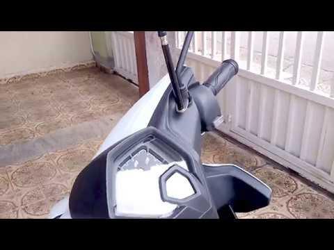Instalando antena corta pipa scooter Yamaha Neo 125