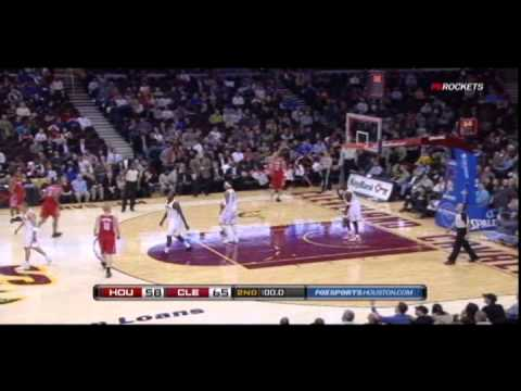 Shane Battier hits long three at halftime buzzer