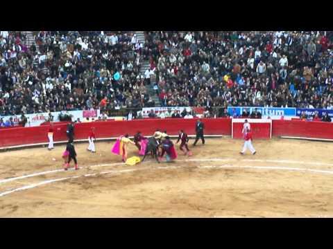 Cornada de J. P. Sánchez en La México (29-01-2012)