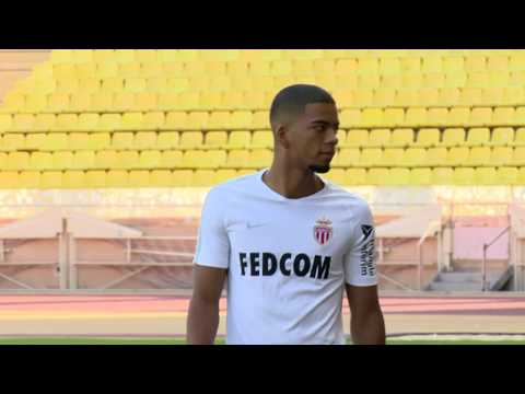 Football: Benjamin Henrichs speaks as a Monaco player for the first time