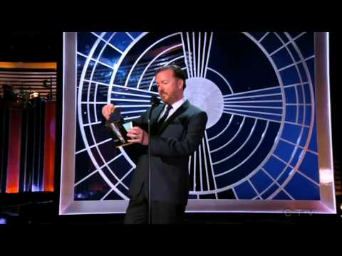 Ricky Gervais reacts to losing to Jim Parsons at the Emmys, and reads his acceptance speech anyway