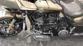 10. 2013 Harley-Davidson FLTRXSE2 Screamin' Eagle Road Glide Custom CVO