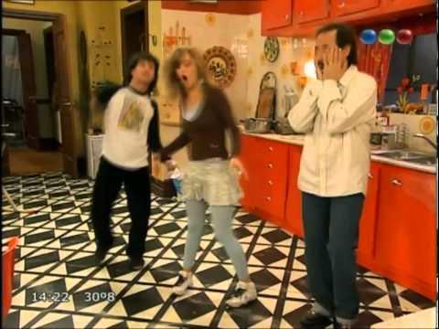 los argentos - No te olvides de suscribirte. Entra y divertite con más videos en nuestra página de Casados con hijos → www.casadosconhijos.tk.