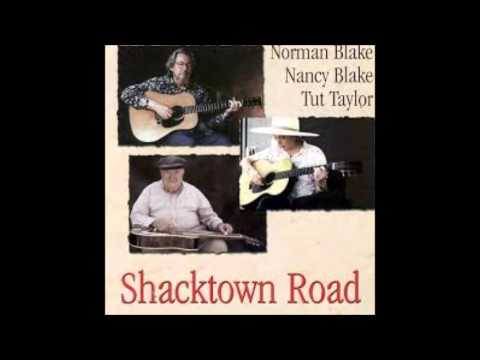 Norman Blake, Nancy Blake & Tut Taylor:  Tom Scala's Waltz.