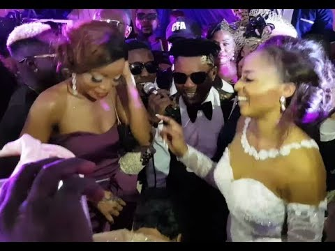 Small Doctor & Junior Boy Sings For The Couple, Oritsefemi & His Wife At Their Wedding Reception