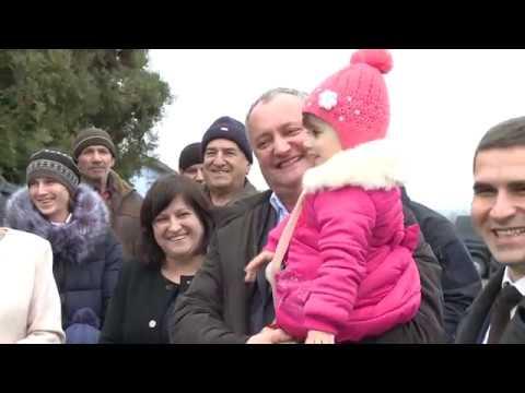 Președintele Moldovei a vizitat două grădinițe din raionul Basarabeasca