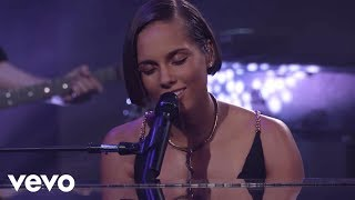 Video Alicia Keys - If I Ain't Got You (Live from iTunes Festival, London, 2012) MP3, 3GP, MP4, WEBM, AVI, FLV Agustus 2018