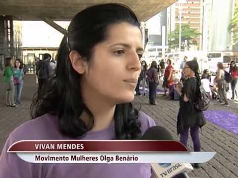 Mulheres pedem a legalização do aborto em SP