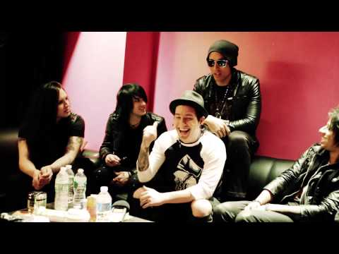 Escape The Fate – Super Bowl XLVIII Prediction (and a stop at the Puppy Bowl)!