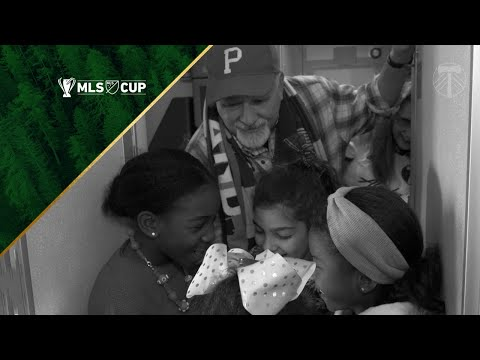 Video: Timber Jim and players' daughters sing