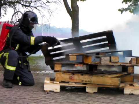 FireBug Company BacPac extinguishing pallets
