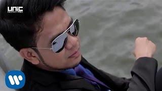 Video Raqib Majid - Hanya Dia (Official Lyric Video) MP3, 3GP, MP4, WEBM, AVI, FLV September 2019