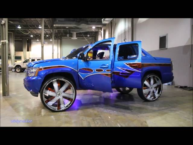 Whipaddict-kandy-chevy-avalanche-first