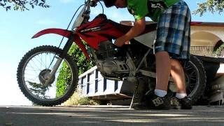 8. 2006 CRF100F