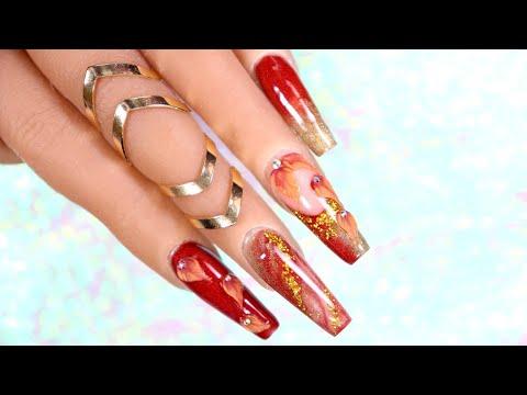 Uñas acrilicas - Uñas acrílicas con efecto marmoleado y 3D para temporada de Otoño.