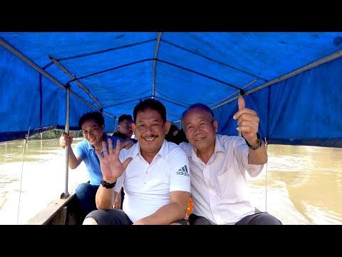 Anh Thuận chị Hà ghé thăm trải nghiệm hái bần và được ăn mì quảng bác Sáu nấu |Góc Miền Tây -Tập 146 - Thời lượng: 33 phút.