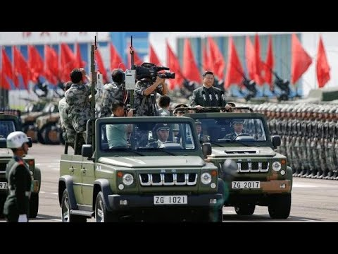Κίνα: Επιβλητική στρατιωτική παρέλαση