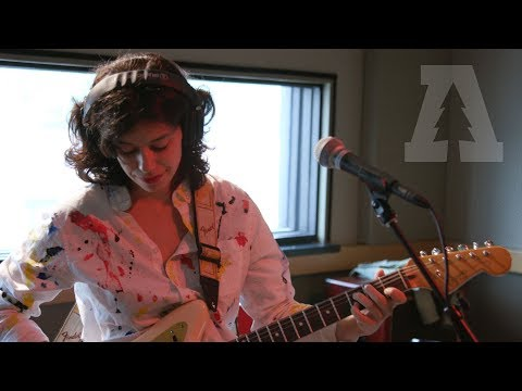 Mourn - Fry Me - Audiotree Live (4 of 4) (видео)