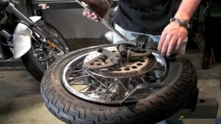 9. Changing Front Tire on Yamaha V-Star 1100 Custom/Classic