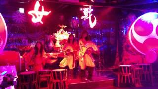 KNN ロボットレストラン1