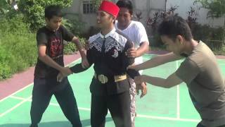 Video Silat OGA Olah Gerakan Alami Mr.P bang eka meloloskan diri dari keroyokan pegangan 3 orang MP3, 3GP, MP4, WEBM, AVI, FLV Juli 2018