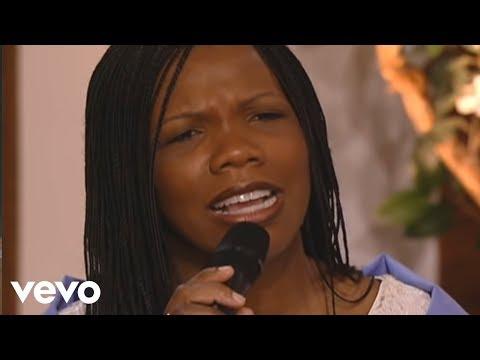 Lynda Randle synger live