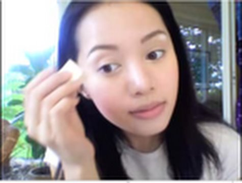 concealer - This tutorial covers liquid, highlighter and cream concealers. I will write my detailed entry after I come back from dinner eating PHO!!! I was not wearing a...