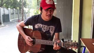 Video Akad Payung Teduh | Versi Pengamen Jalanan | suara Emas  [HD] MP3, 3GP, MP4, WEBM, AVI, FLV Desember 2017