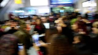 Video 111103 BIGBANG @ Heathrow Airport  in London ☆ 1 MP3, 3GP, MP4, WEBM, AVI, FLV Juli 2018