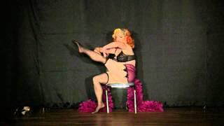 Download Video Speakeasy Stage 9/16/13 - Vivienne Vermuth MP3 3GP MP4