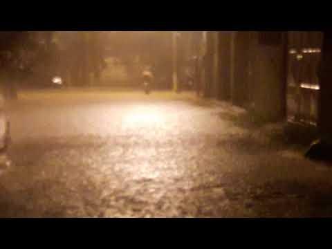 Forte chuva  em aperibe  hoje  anoite(2)