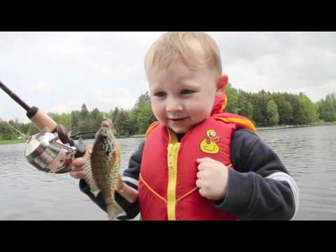 child fishing for the first time! incredible