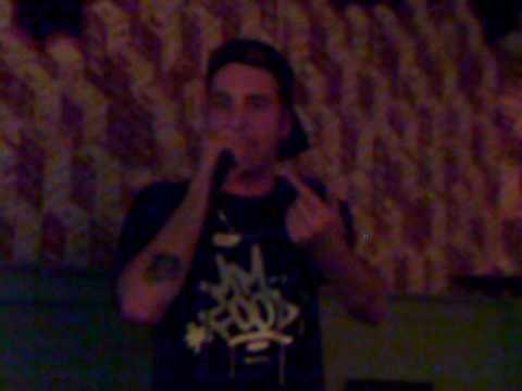 Clementino feat Mouri - O'cazone larg @ Manduria (Taranto) 22/11/2009 (видео)