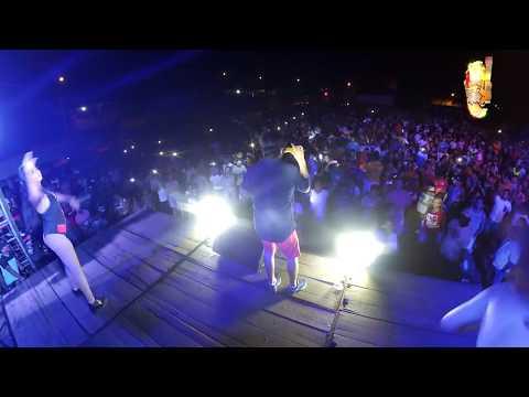 TRIPLE R -  BESO POR BESO (EN VIVO 2019)