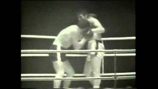 Billy Walker vs Johnny Prescott in a great heavyweight battle