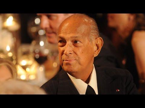 Fashion Designer Oscar de la Renta Dies at 82