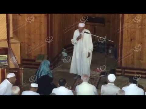 امرأة من نيجيريا تشهر إسلامها