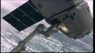 Time lapse of the NASA TV feed of the release of the SpaceX Dragon CRS-9 spacecraft from the Node 2 module (