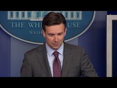 re - White House Press Secretary Josh Earnest comments on a court ruling that affects a key component of Obamacare.