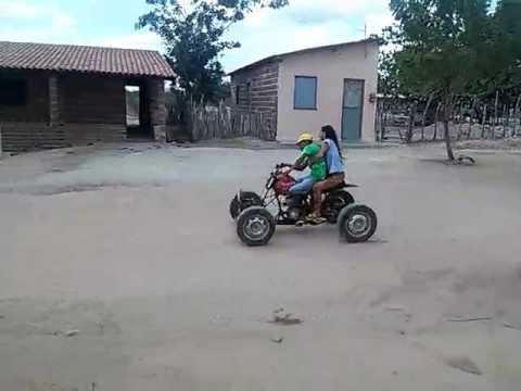 Quadriciclo caseiro em apuiares
