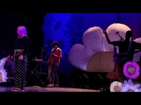 Julia Michaels - Deep (Inner Monologue World Tour, Vancouver)