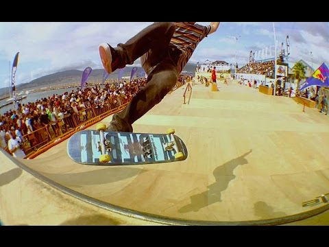 Festival - CLICK CC for English!!! Skateboarders, BMX, and MTB riders competed in Vigo, Spain for a weekend of pure action sports excitement at the O'Marisquiño festival. Athletes from all disciplines...
