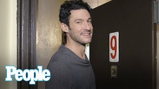 Video 'Top Chef's' Sam Talbot Shows Off His Cozy Brooklyn Home Kitchen | Hollywood at Home | People MP3, 3GP, MP4, WEBM, AVI, FLV Juli 2018