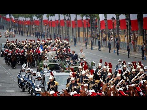 Εντυπωσιακή στρατιωτική παρέλαση για την ημέρα της Βαστίλης…