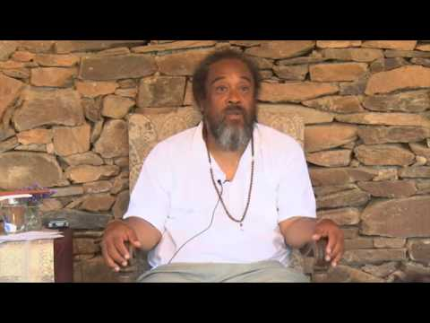 Mooji Video: You Don't Need to Go ANYWHERE to Realize the Self