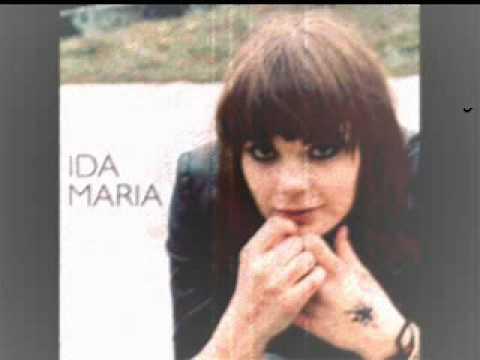 Tekst piosenki Ida Maria - Keep Me Warm po polsku